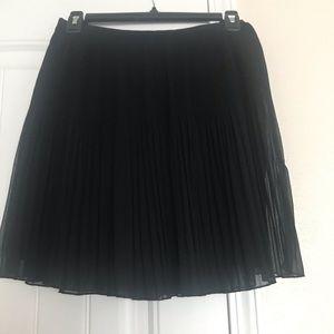 Black chiffon pleated skirt from Zara
